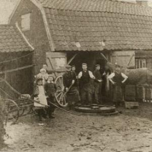 Blacksmithsearly1900snexttoAdmiralsPubv2
